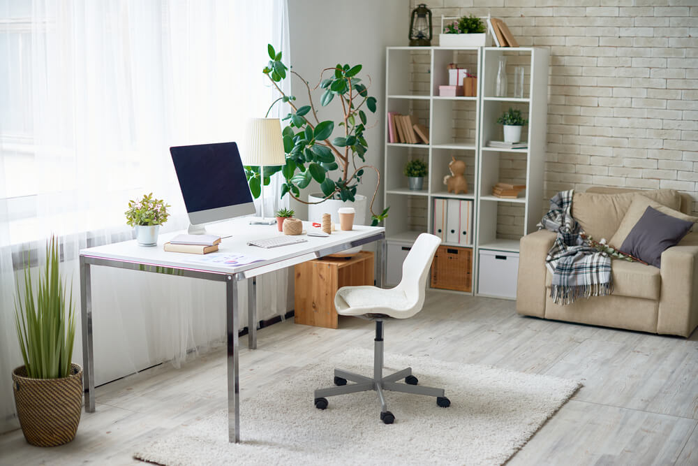 Learn How to Keep Your Balance Whilst Working From Home